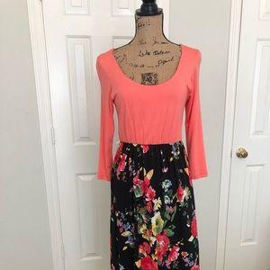 Pink Lily Maxi Dress, size small